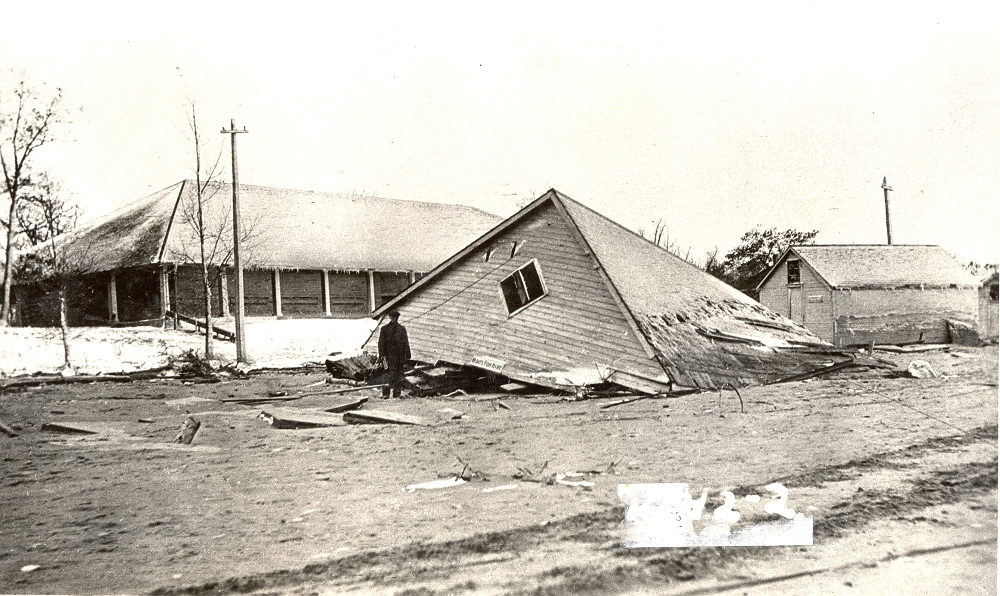 Historical photo showing collapsed building from Lambton County Archives